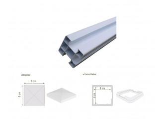 Poteau PVC blanc 80x80mm 3 sorties (angle) avec cache patine et chapeau alu